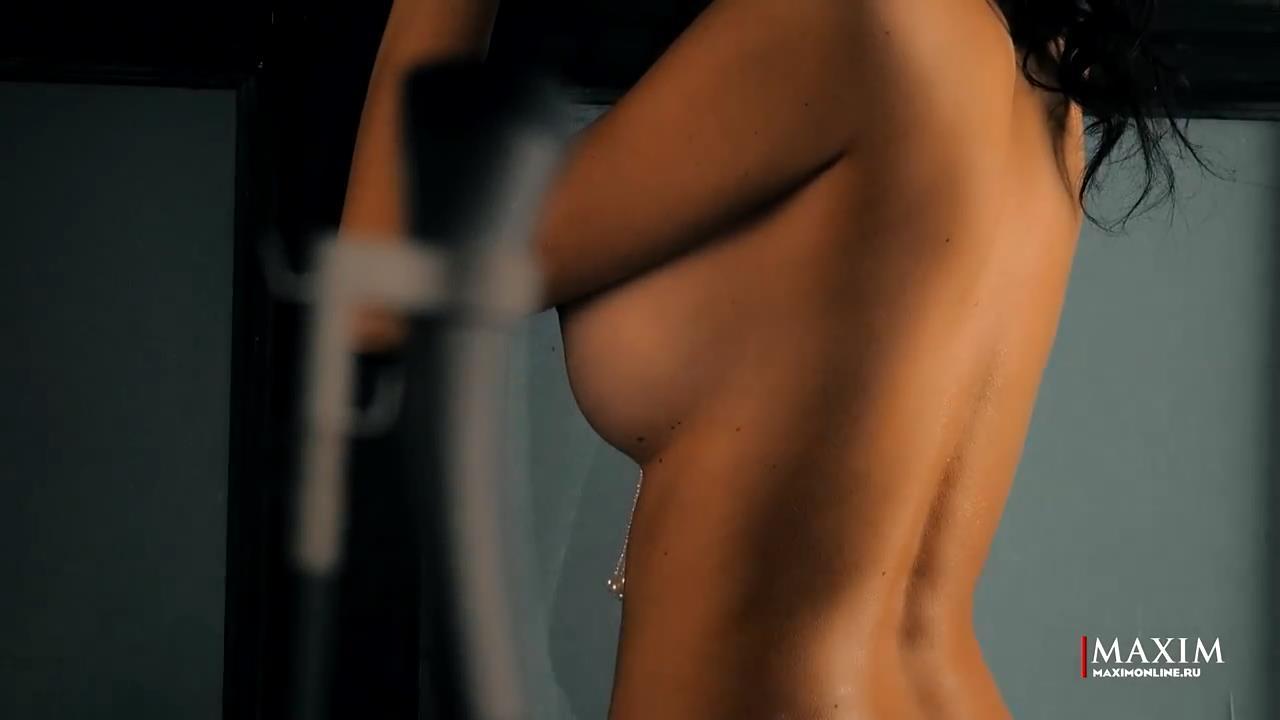 Yulianna-Belyaeva-Naked-8