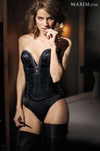 lauren-cohan-nude-sexy-2