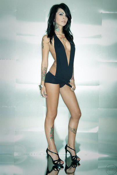 zahra-schreiber-nude-sexy-6